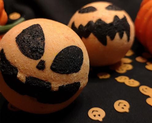 Titelbild zum Badekugel-Rezept Kürbis zu Halloween